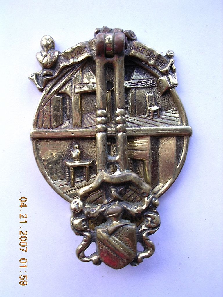 1910 Edwardian Brass 'SHAKESPEARE' Brass Door Knocker - For sale on Ruby  Lane #RubyLane #AntiqueSalvage - 1910 Edwardian Brass 'SHAKESPEARE' Brass Door Knocker - For Sale On