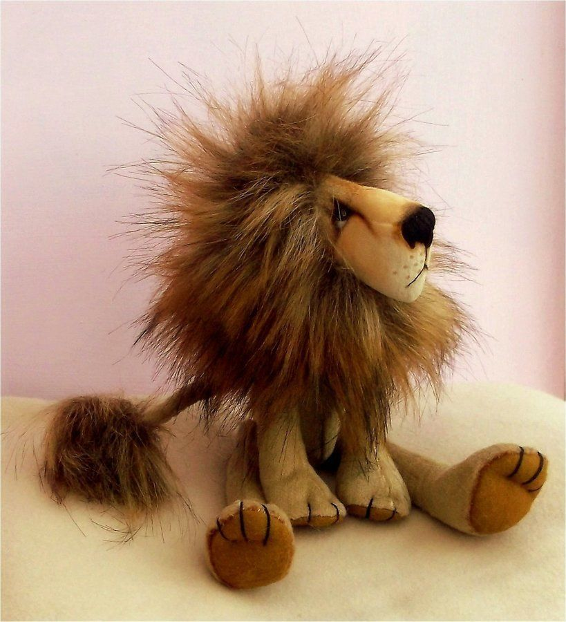 Lion soft toy sewing pattern. Charlie Lion   Sewing patterns, Lions ...