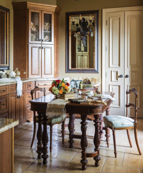 This Gracious Home, Featured In Our New October Issue, Takes Inspiration  From The Familyu0027s