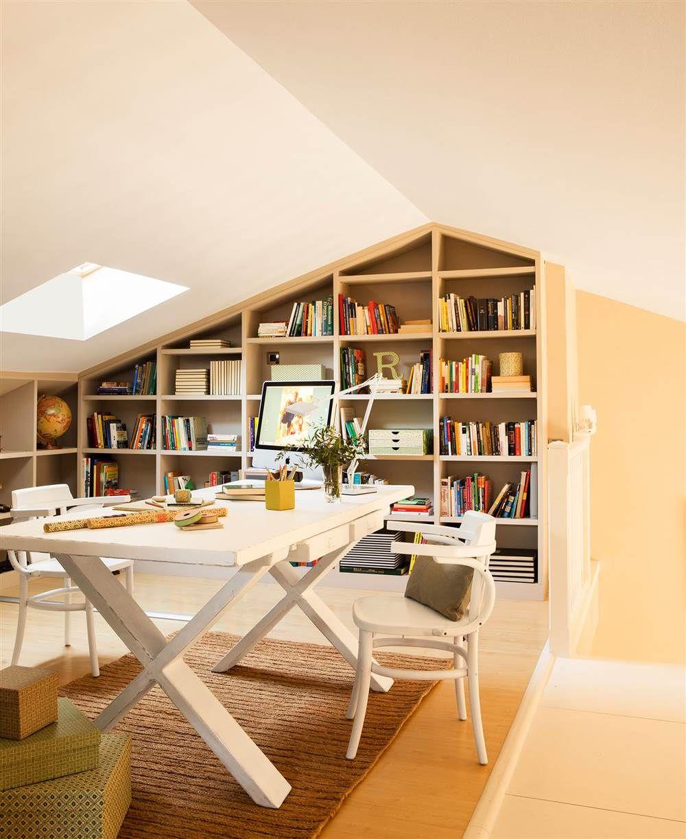 Despacho En Buhardilla Con Librer A A Medida Buhardillas Pinterest # Muebles Para Buardillas