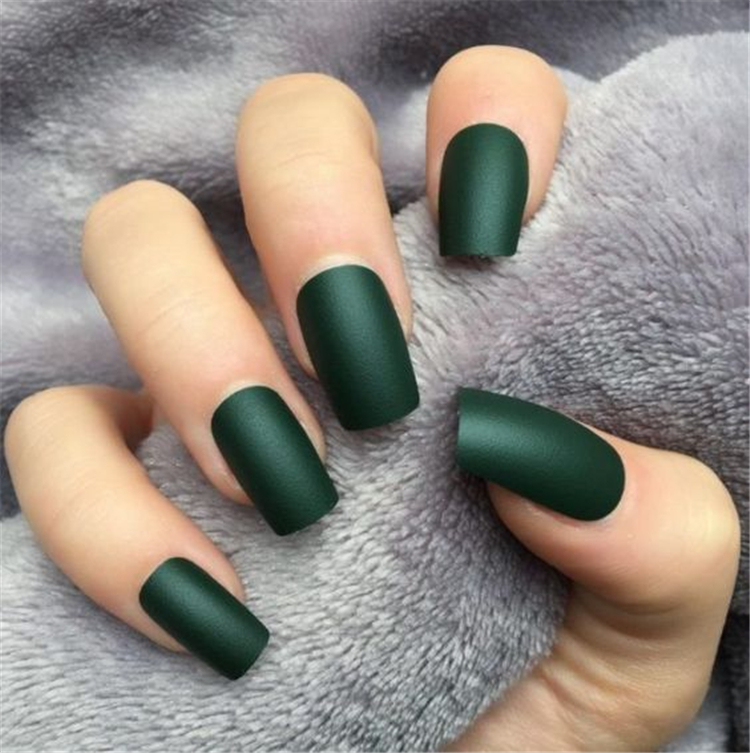 50 Elegant Emerald Christmas Green Nail Designs You Shoud Do For The Coming Valentine S Day Page 50 Of 50 Cute Hostess For Modern Women In 2020 Green Nail Designs Green Nails Matte Nails Design