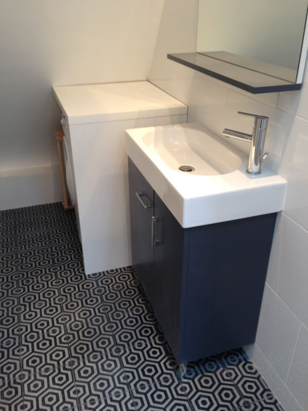 Plus pour une salle de bain je pense carreaux de ciment for Carreaux pour salle de bain