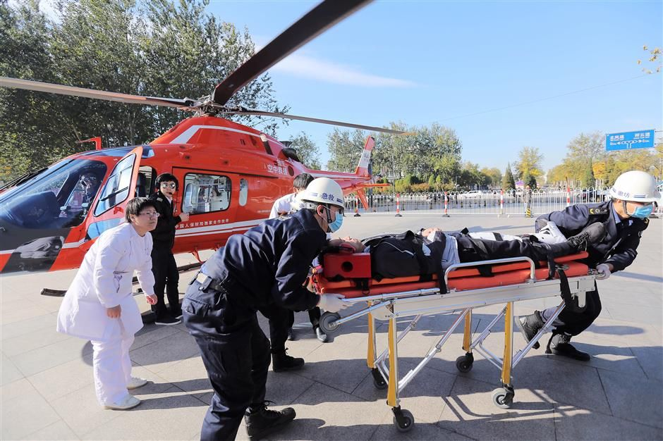 China to improve air ambulance service for critical
