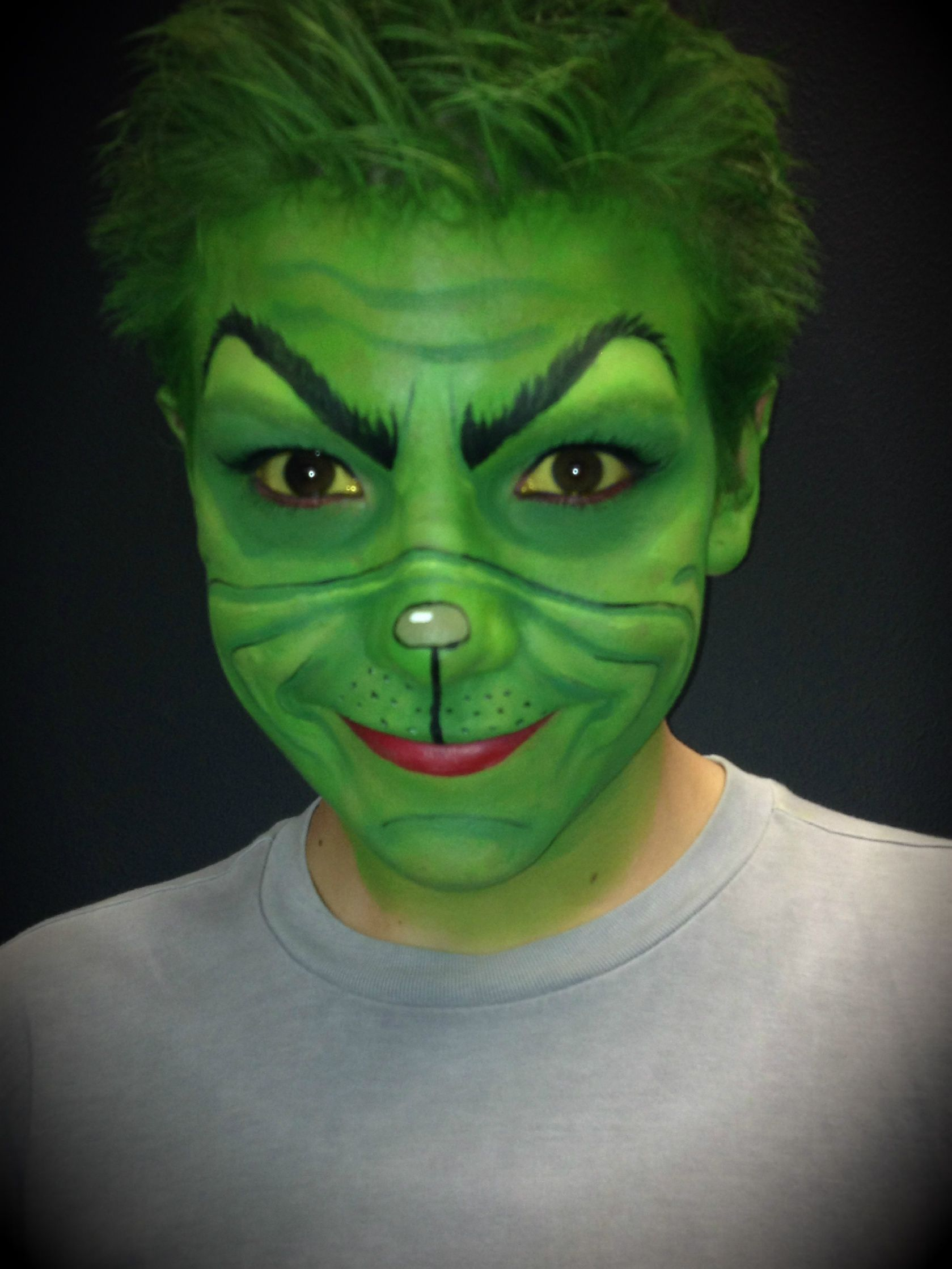 How to make your own grinch costume - The Grinch Makeup We Have Fantastic Mehron Paradise Makeup And Bennye Cream