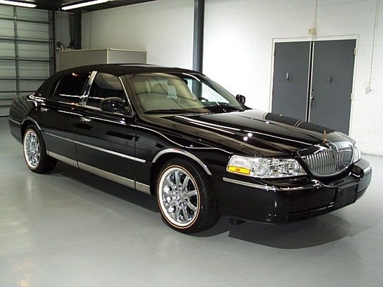 Lincoln Town Car Wheels For Sale Lincoln Motor Company Pinterest