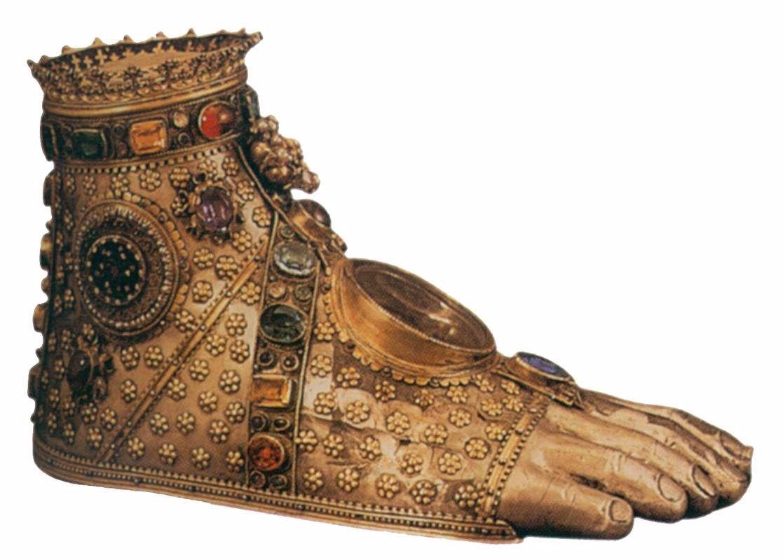 Foot Reliquary c. 1450 Gold and precious stones Schweizerisches Landesmuseum, Zurich