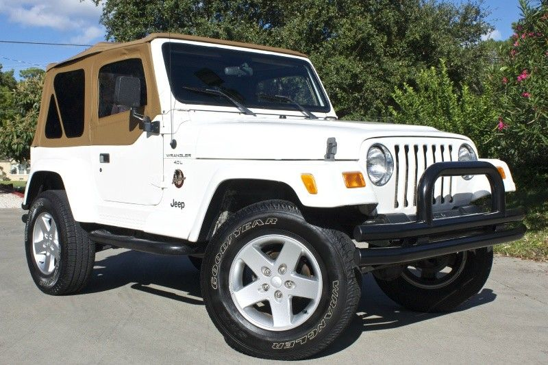 Highly Desired 2000 White Sahara Only 98k Miles New Soft Top