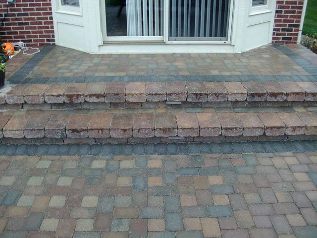 Paver Patio Steps | Paver Patio Plymouth Like The Border On The Top Level
