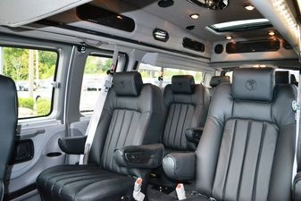9 Passenger Conversion Van With Images Luxury Van Vw Bus