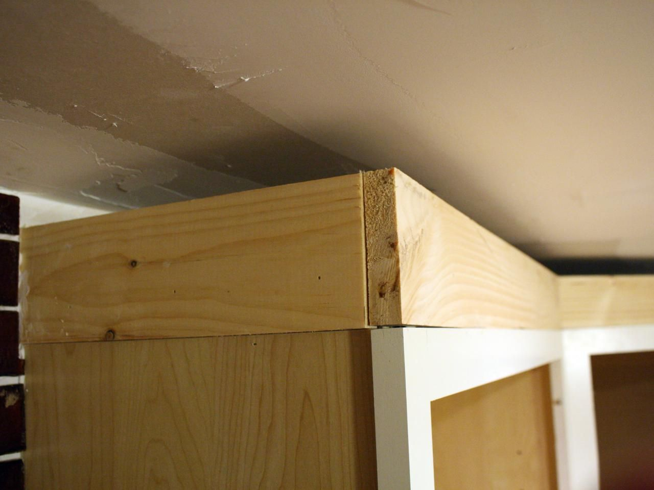 How To Install Cabinet Crown Molding Tos Diy