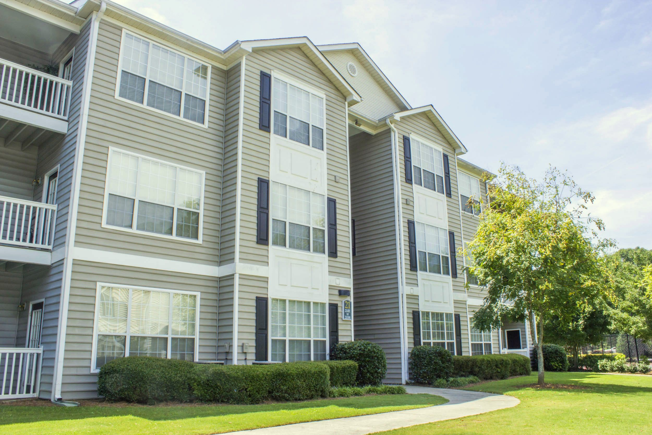 Lake St James Apartments In Conyers Ga Cottonwood Apartment Lake