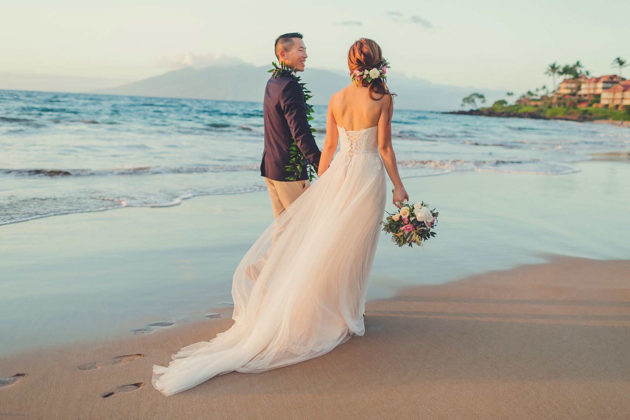 Lovely Maui Wedding Dresses Pictures Inspiration - Wedding Ideas ...