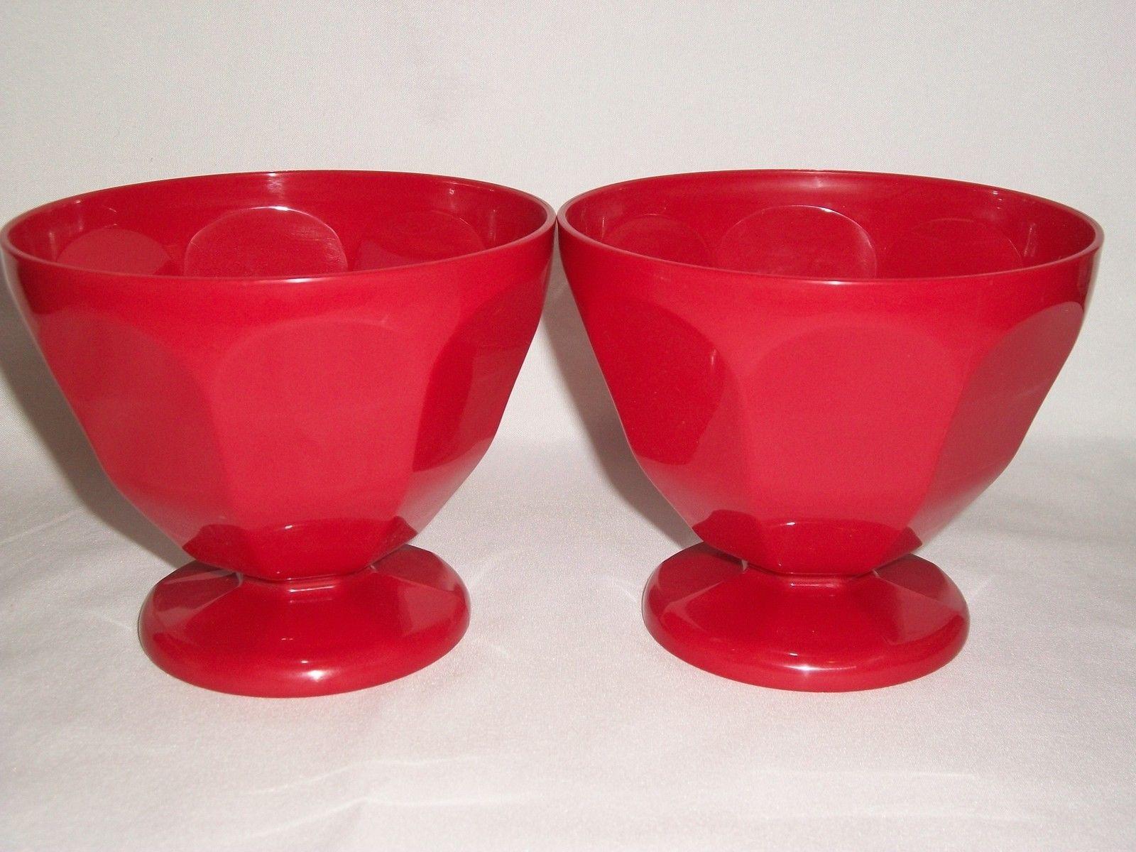 Red Kitchen Set Of 4 Plastic 17Oz Ice Cream Sundae