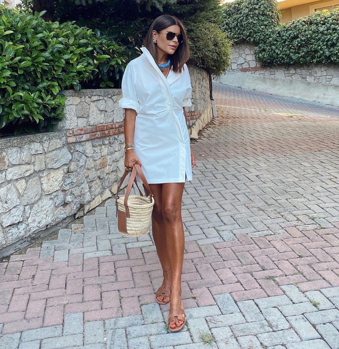 Nazife Ozcan On Instagram Today Fashion Shirt Dress Her Style [ 1114 x 1080 Pixel ]