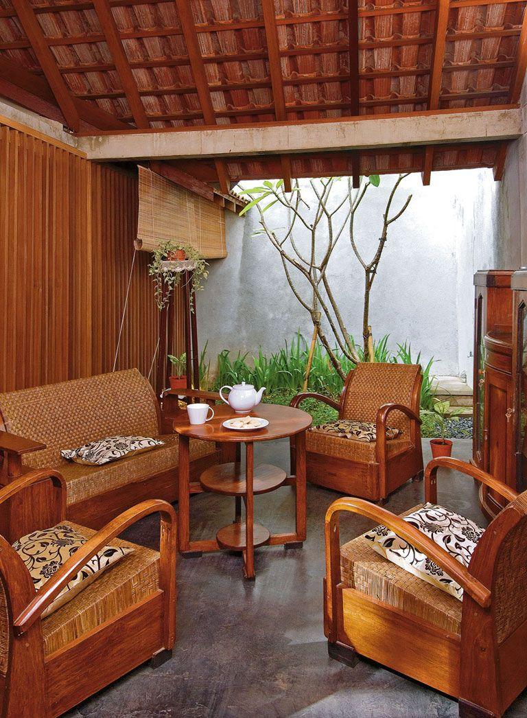 Sejuk Dengan Ruang Keluarga Terbuka Home Decor Cafe Interior Design Living Room Traditional Modern