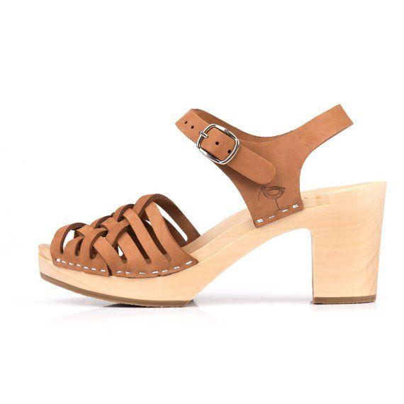 28926c4c58ff9 Camel clogs by Kulikstyle | Swedish Clogs | Shoes | Sandals | clog sandals  | womens clogs | wood | w