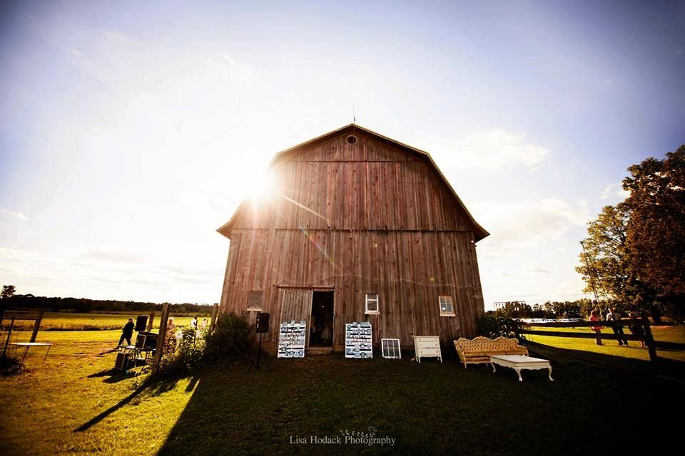Field Weddings and Barn Receptions at Cherry Barc Farm ...