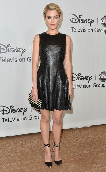 Rachel Taylor In A Stunning Leather Dress Rachael Taylor Taylor Outfits Celebrity Red Carpet