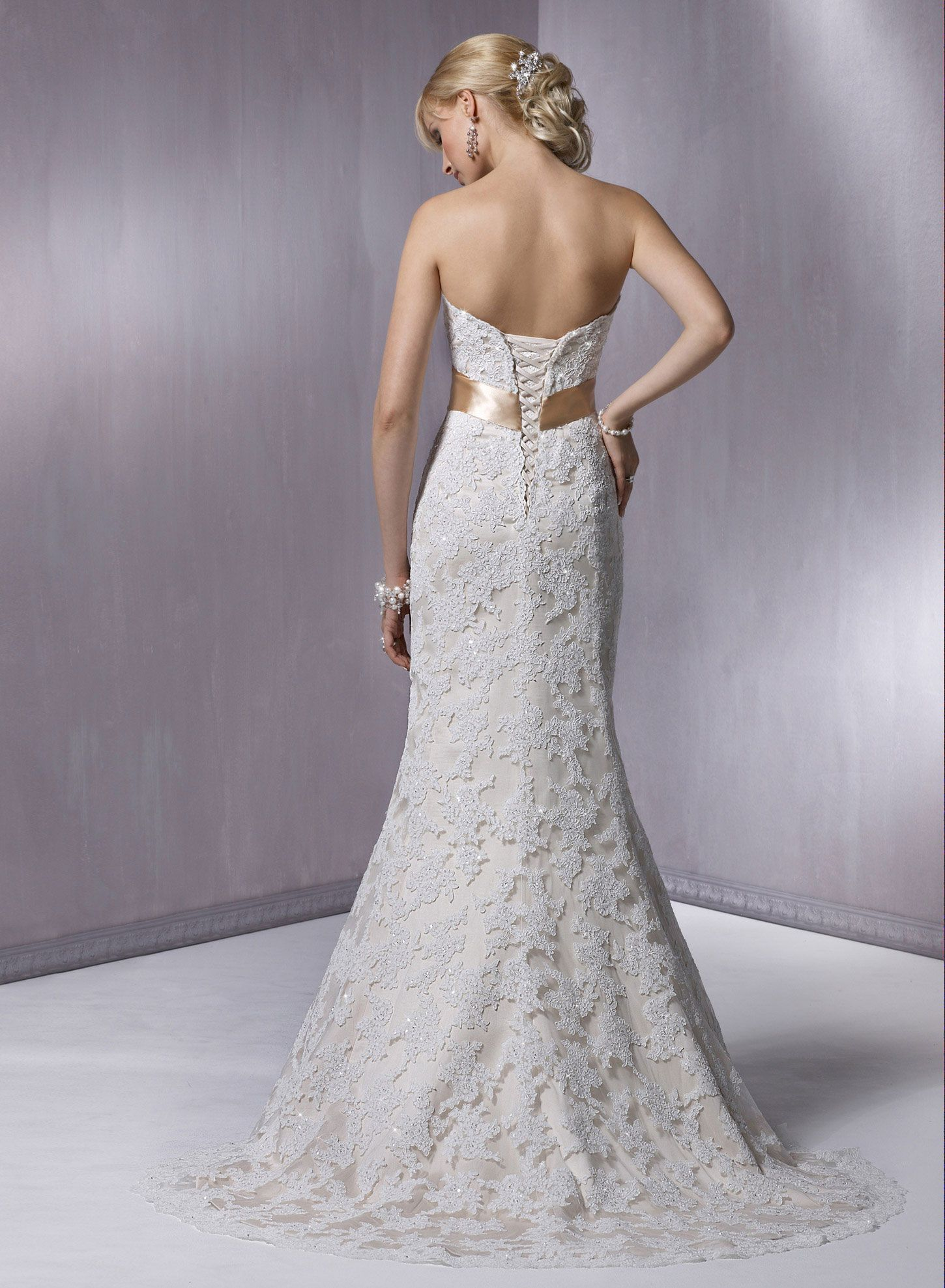 1b7823c137472 Karena Royale - by Maggie Sottero, in stock, sample size 10. Bridal Boutique,  St. Joseph, Missouri