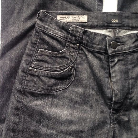"""COH dragon Fly super high rise wide leg black Amazing pair of citizens of humanity dragon fly stretch super high rise wide leg jeans in black wash. Some wear on bottom hems. 14"""" across waist flat, 9.75"""" rise, 31"""" inseam (professionally hemmed). Just about 10"""" leg opening flat. 98% cotton, 2% polyurethane. Amazing rivet details on the front and back pockets. Citizens of Humanity Jeans Flare & Wide Leg"""