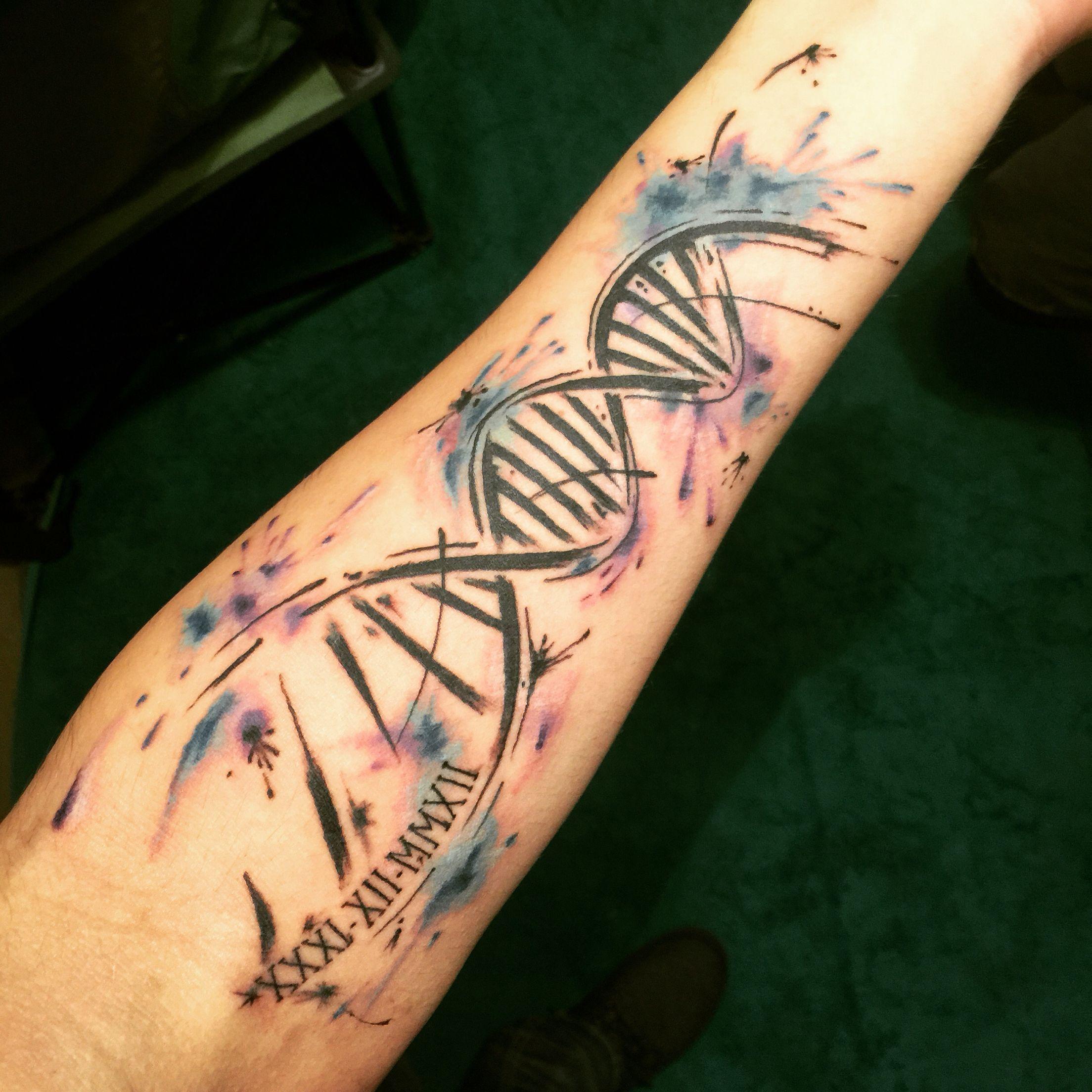 Imagen relacionada   Dna tatuagem, Tatuagem de química