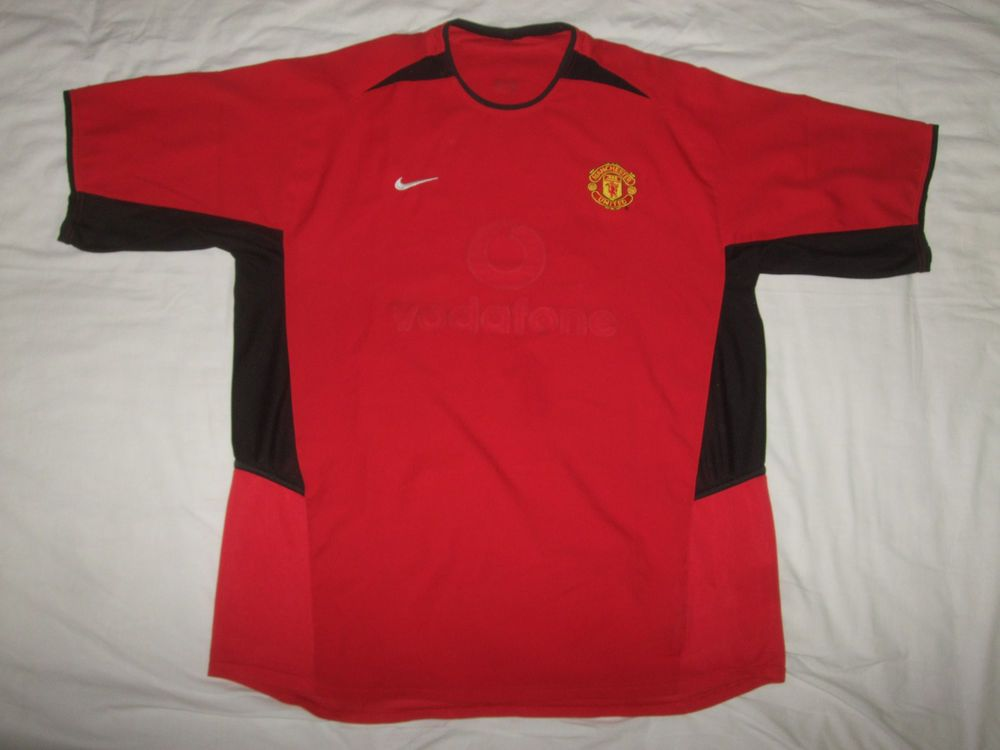 39568d436 Manchester United 2002 Vodafone old men football shirt Size XL 46 48  vintage red  Nike