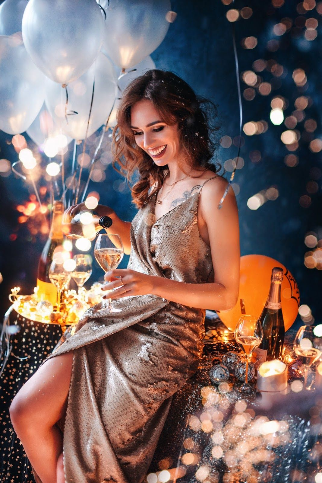 veuve clicquot champagne balloons confetty photoshoot | Birthday photoshoot,New year photoshoot, Glam photoshoot