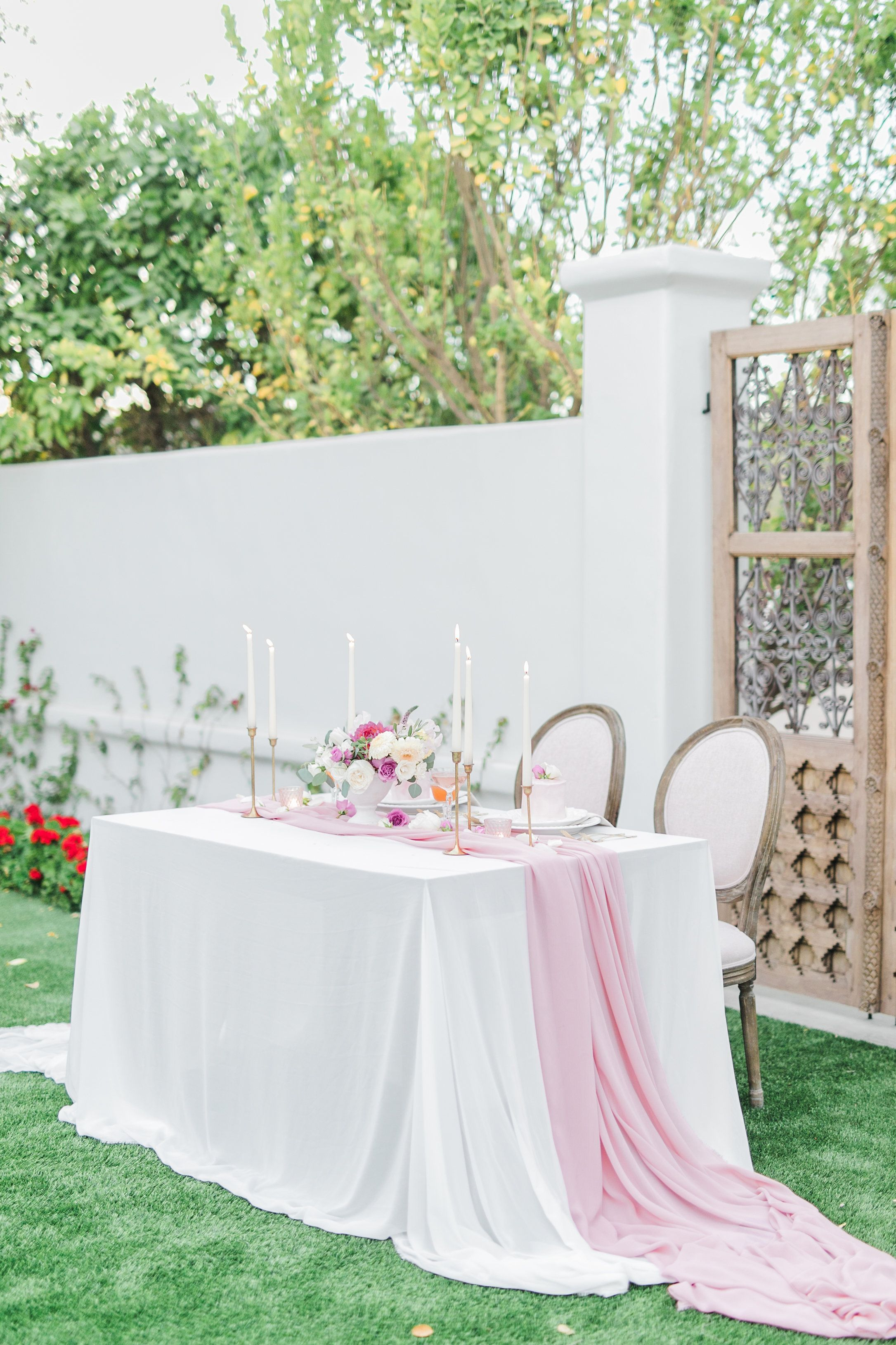 El Chorro Outdoor Wedding Inspiration We Love This Sweetheart Table