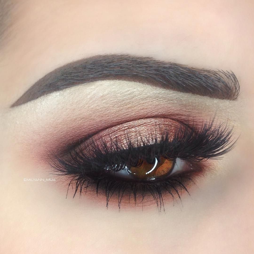 """Rose Gold @makeupgeekcosmetics Bitten, Peach Smoothie, Cocoa Bear, Corrupt, and Grandstand (Foiled) @nyxcosmetics ""Black Bean"" Jumbo Eye Pencil…"""