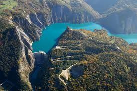 """Résultat de recherche d'images pour """"barrage du lac de Chambon dans l'Isere"""""""