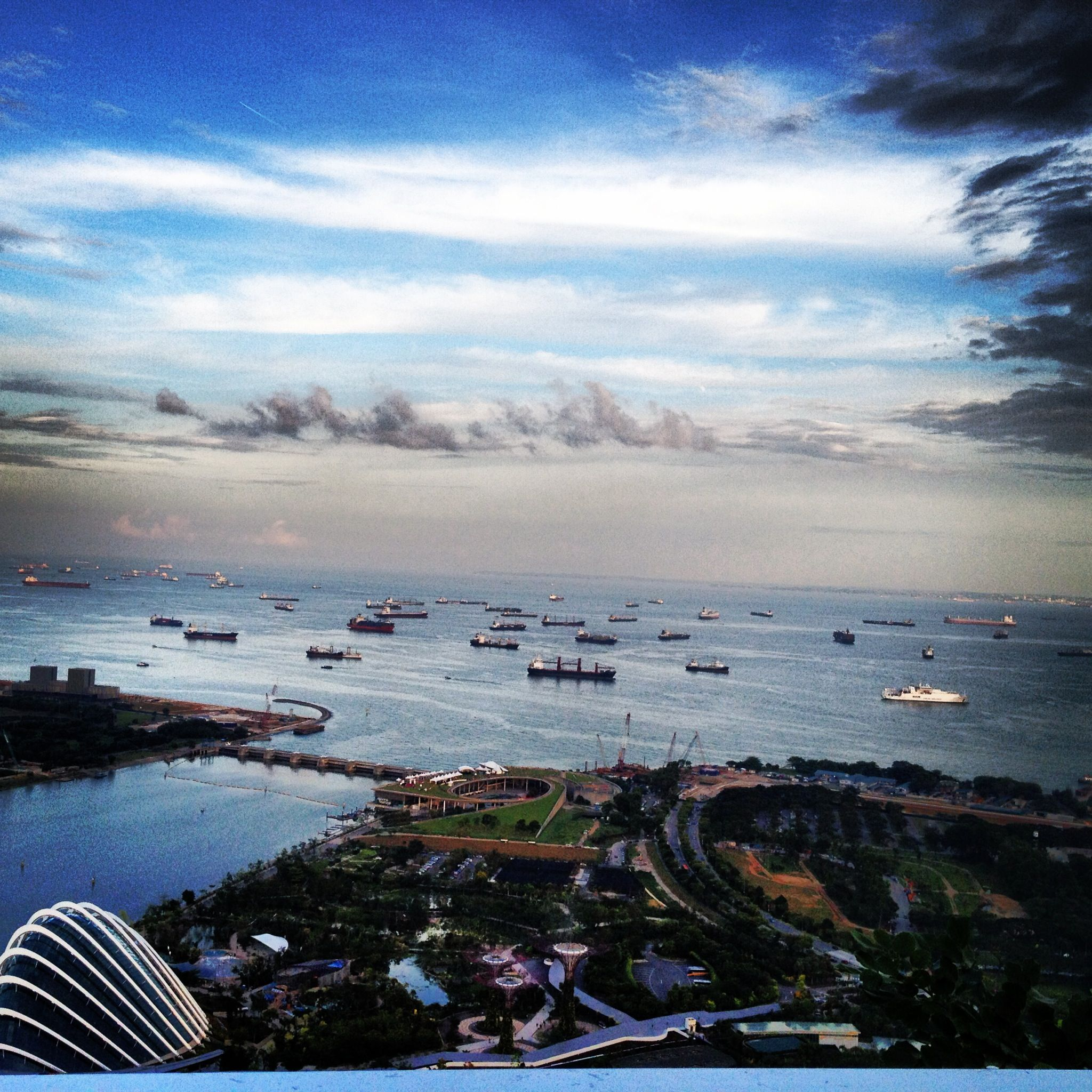 Photo from my recent trip to Singapore. They have the most picturesque landscapes.