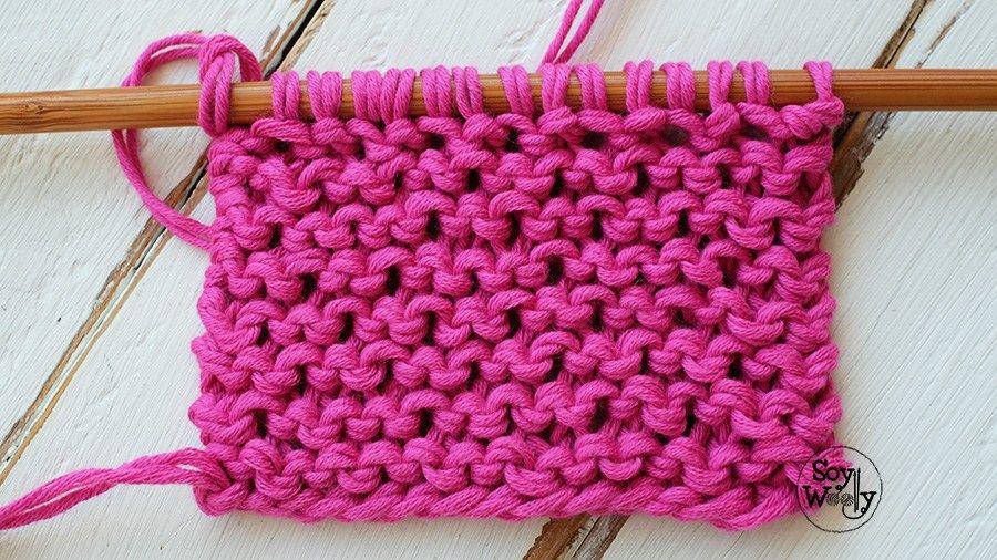 Punto fácil con textura para bufandas y cuellos dos agujas ...