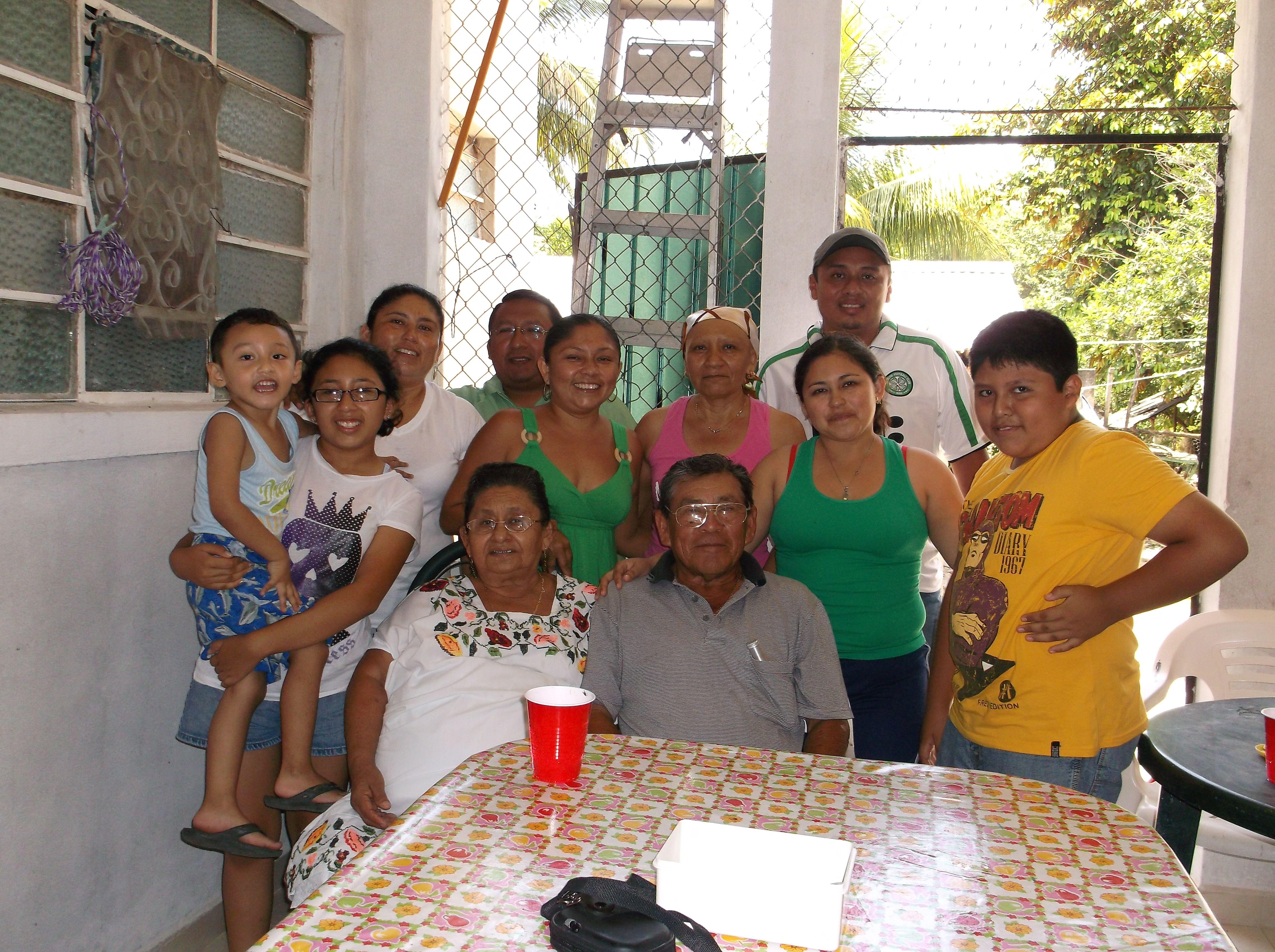Claudia's family in Ticul