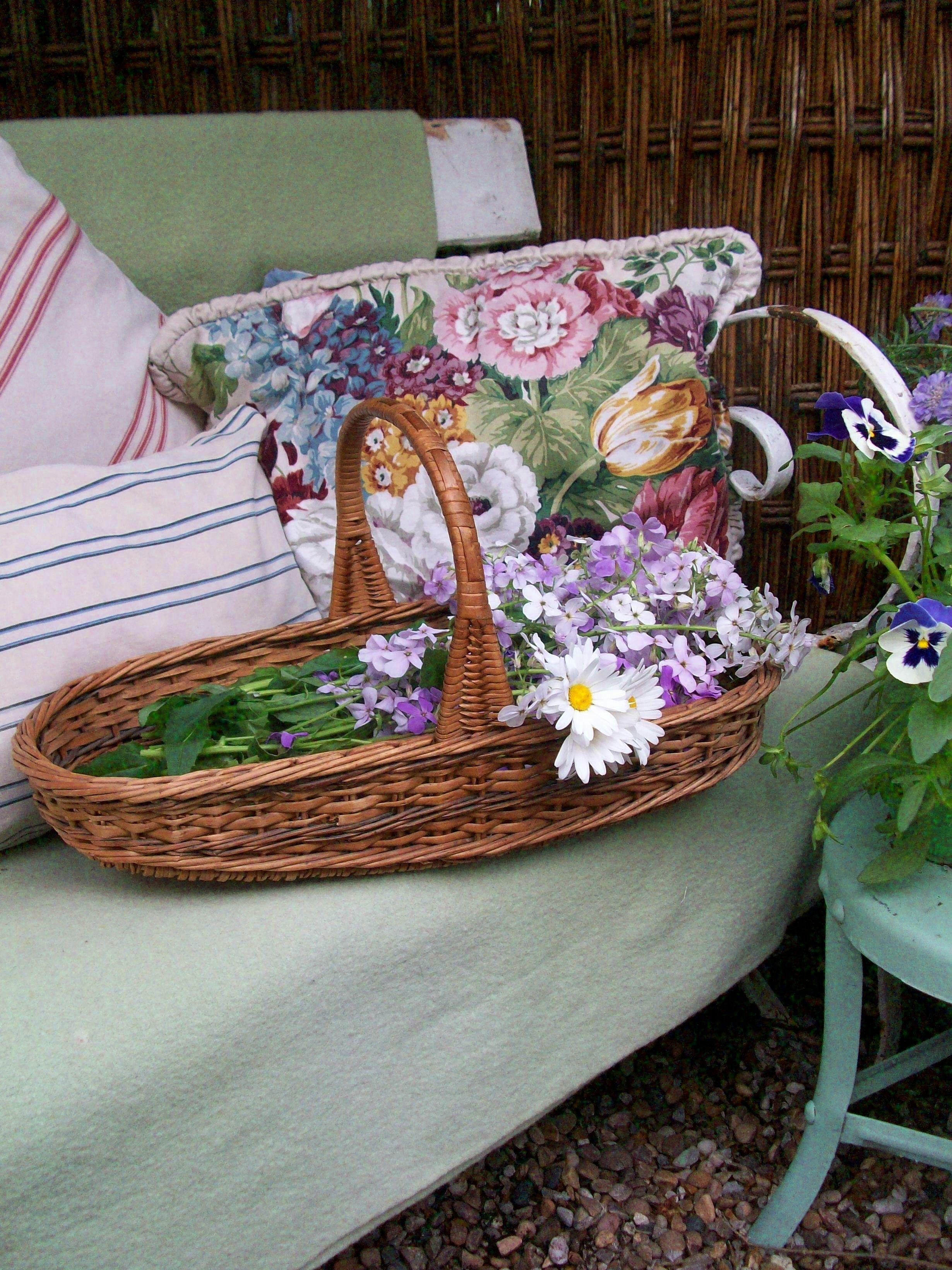 Vintage flower basket from Lavender House Vintage vintage