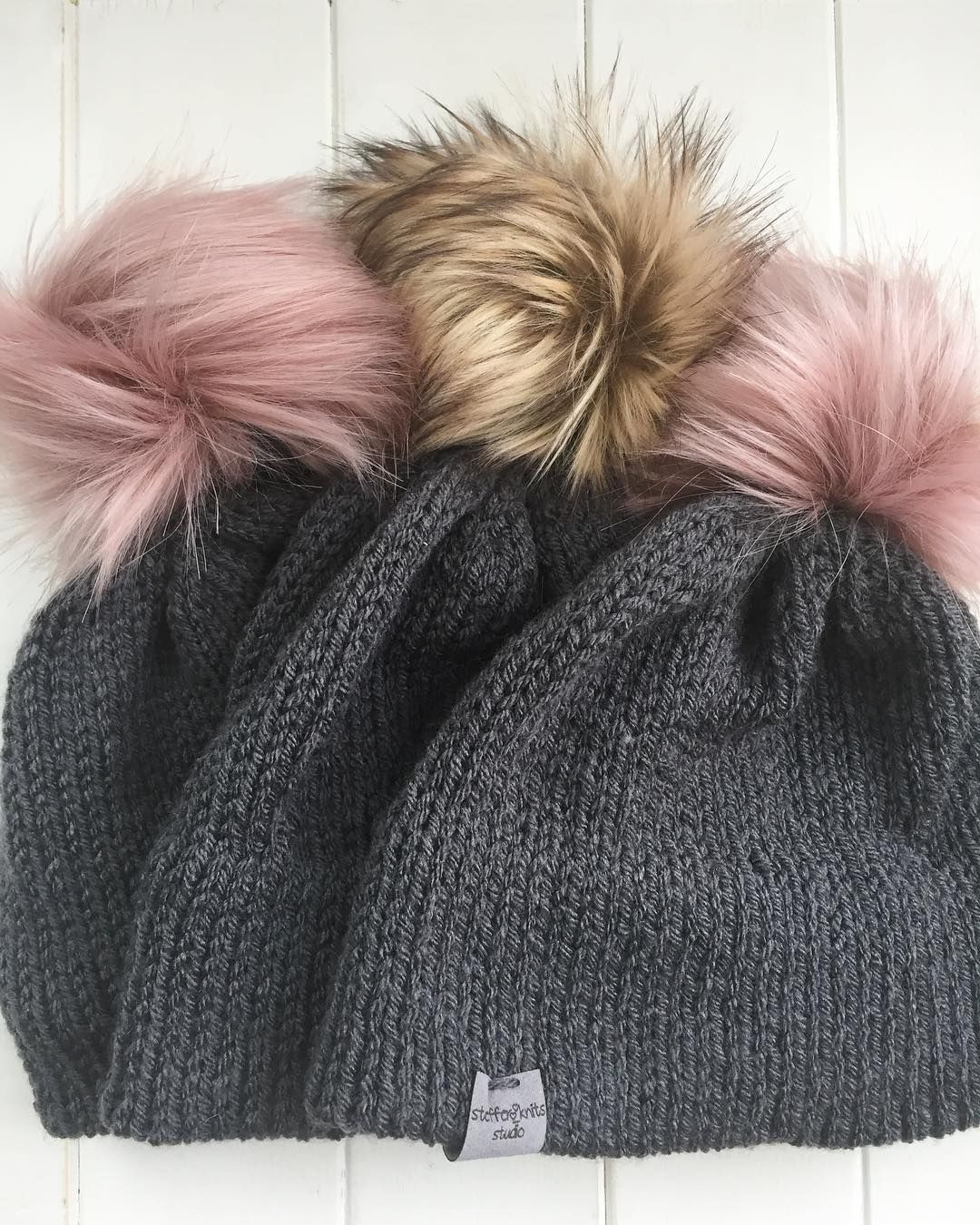 7f4cf3be2ff Pin by Steffer Knits on Hats and Beanies