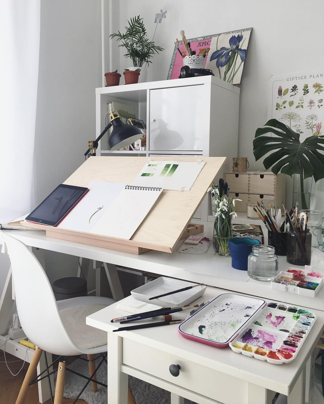 Love The Work Space Except For The Chair Studio Room Art Desk Room Design