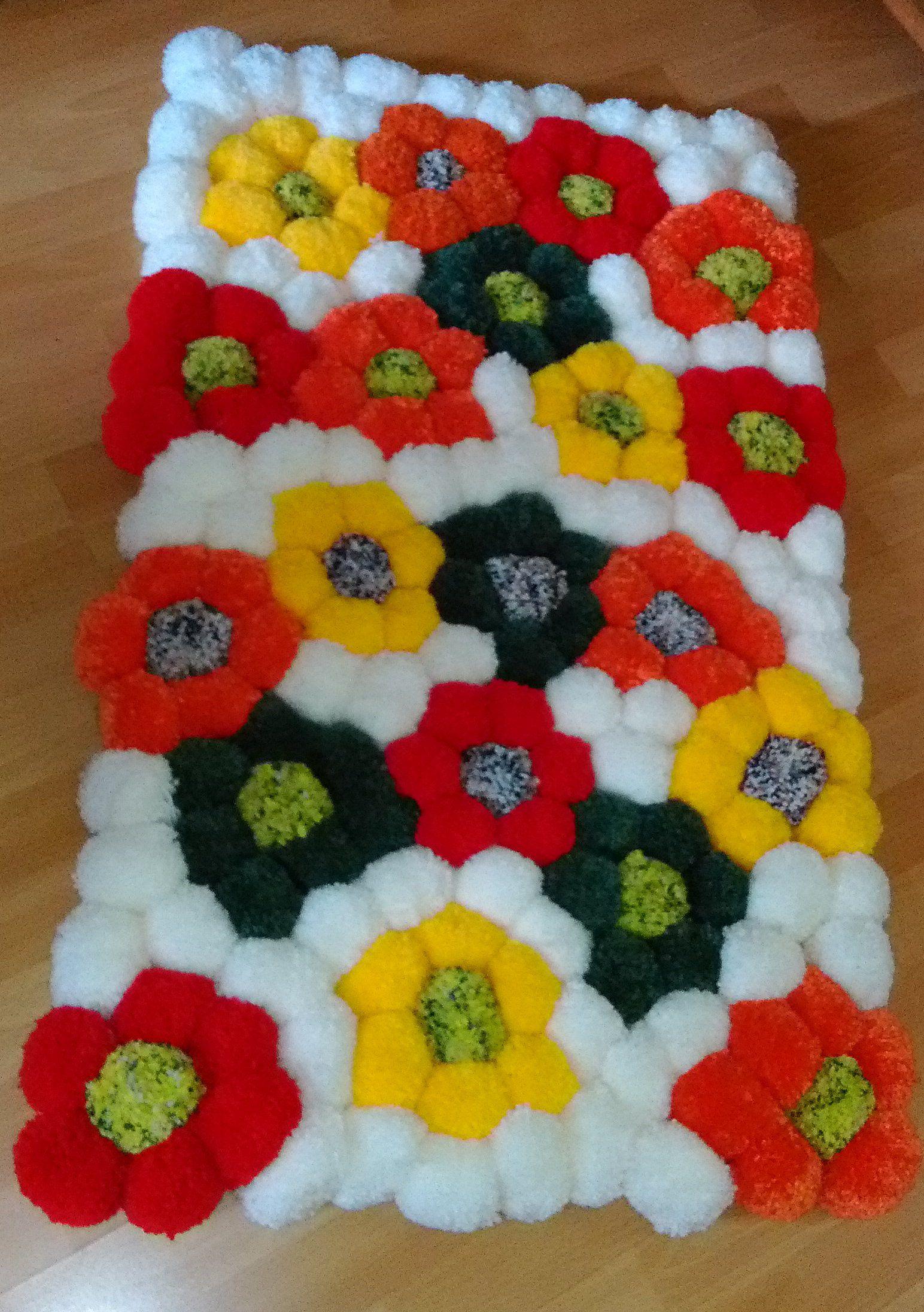 Teppich mit Blumen, diesen habe ich für meine Schwester Martina gemacht!