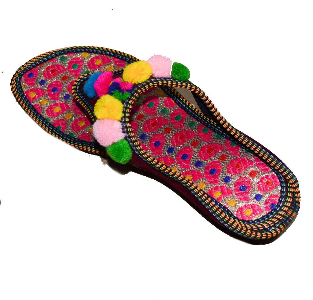 d92731a0ca2 NEW US WOMEN S TRADITIONAL POM POM INDIAN PUNJABI HANDCRAFTED SLIPPERS  JUTTI  fashion  clothing  shoes  accessories  womensshoes  sandals (ebay  link)