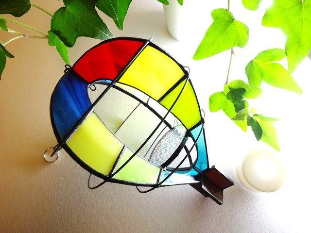 気球 のステンドグラス サンキャッチャー ステンドグラス 気球