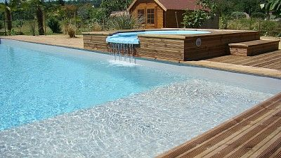 piscine avec plage immerg e et spa piscines. Black Bedroom Furniture Sets. Home Design Ideas