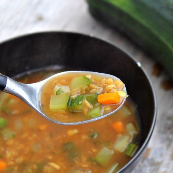 A healthy pinch of Ras el hanout is the secret to dramatically elevating the flavour of this lentil and zucchini soup.