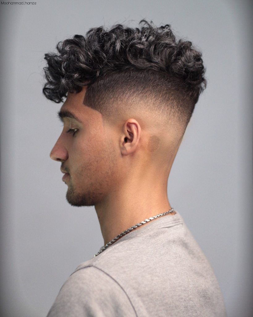 10 New Curly Hairstyles For Men 2019 Men S Curly Hairstyles Mens Hairstyles Curly Haircuts For Curly Hair