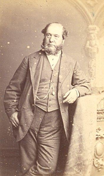 Past to Present : Elegant Man Victorian Fashion Clothing, Carte de visite,1865, Photographer: LEWIS 1860