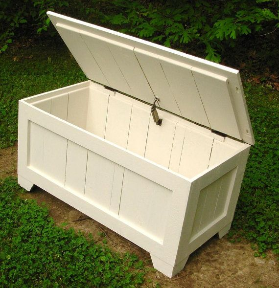 antique white rustic reclaimed cedar toy box blanket by. Black Bedroom Furniture Sets. Home Design Ideas