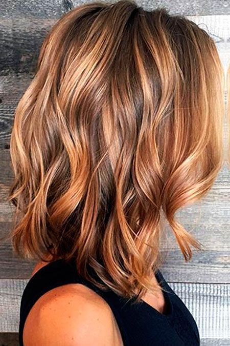 Frisuren halblange wellige haare