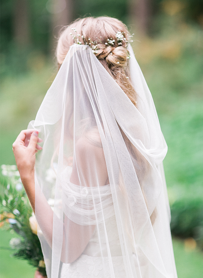 Enchanting Forest Wedding in Portland, Oregon | Brautkleider