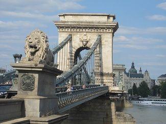 El Puente De Las Cadenas De Budapest Budapest Puentes Puentes Antiguos