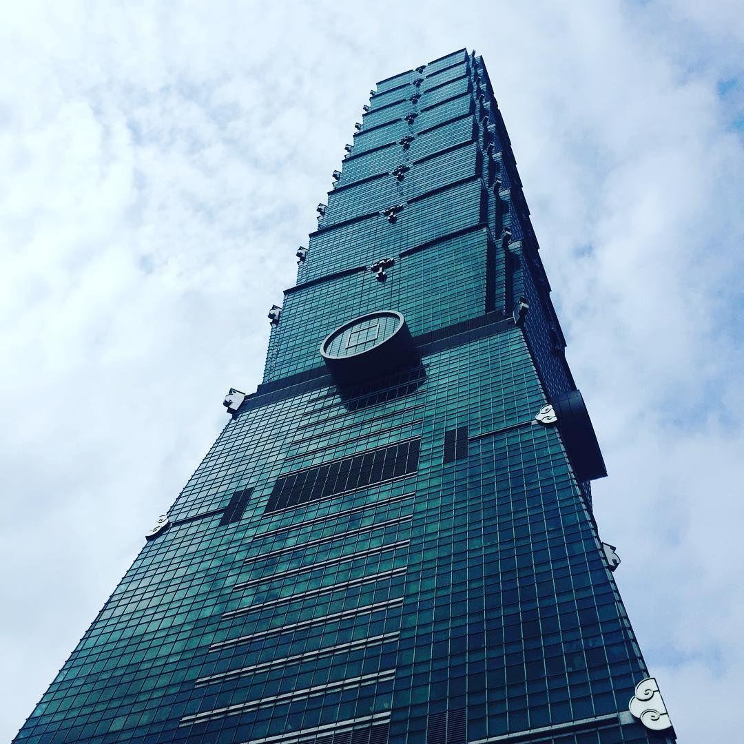 """The glass ballerina  #taipei101 #taipei #taiwan, via instagram by flawfulwritings."