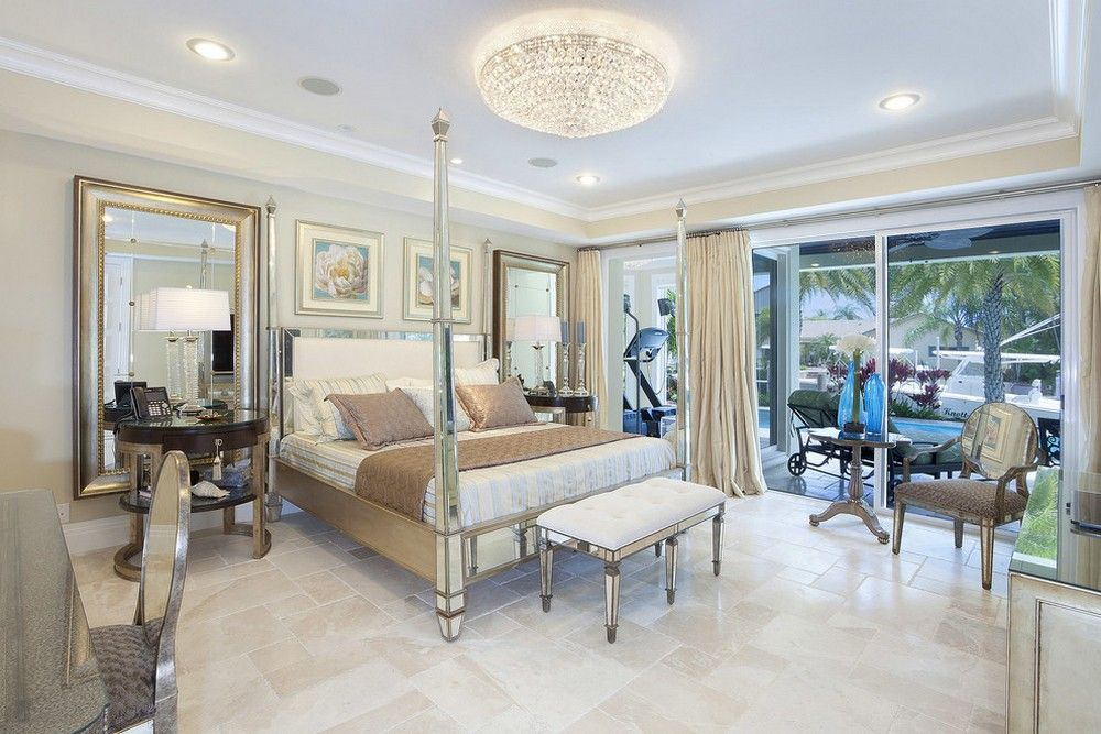 Large mirrors next to the bed and mirrored chairs | Usual ... on Mirrors Next To Bed  id=89502