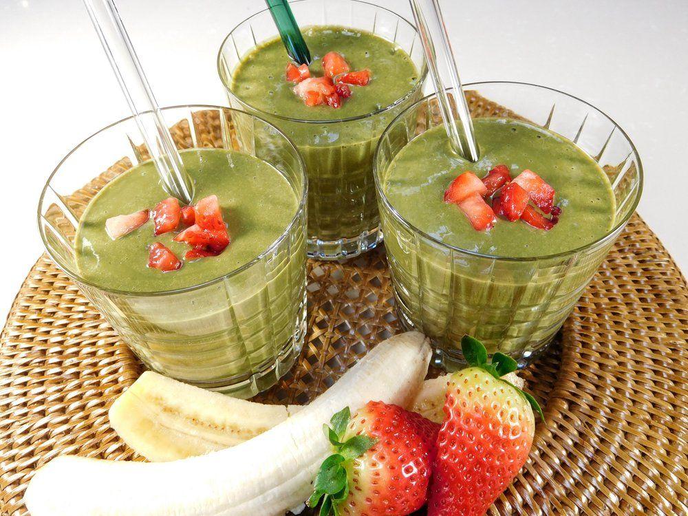Strawberry + Banana Green Smoothie Smoothies, Calcium